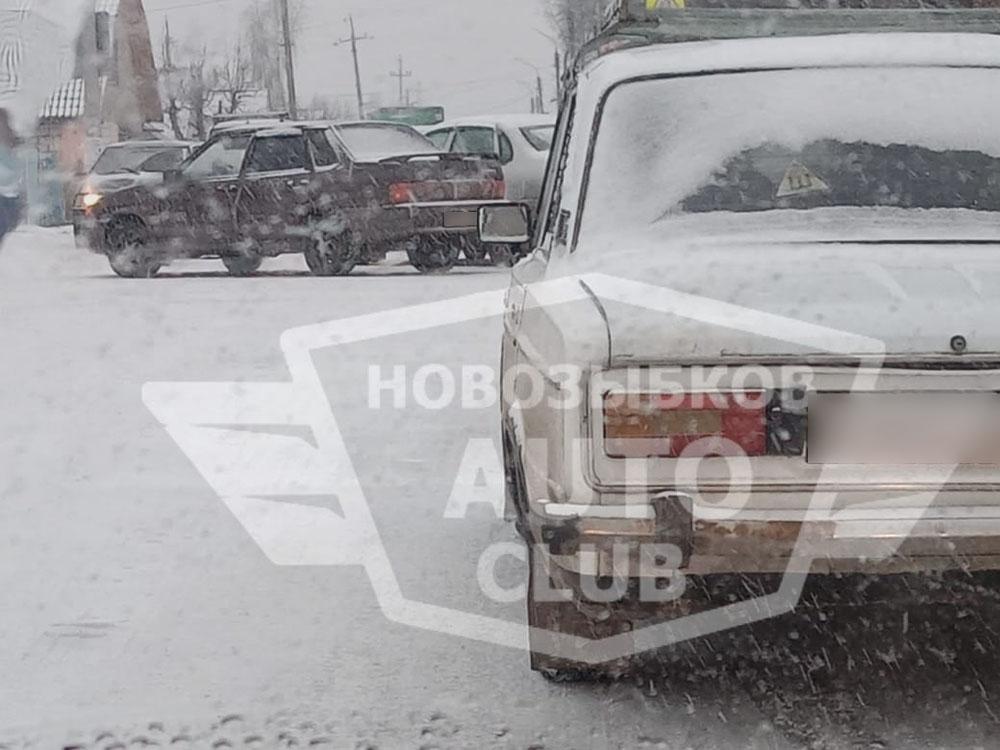 Автоледи на перекрестке в Новозыбкове влетела в «пятнашку»